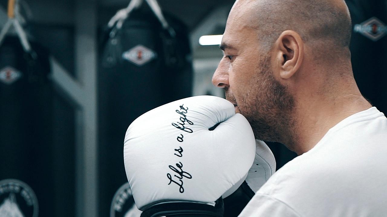 Adglow documentary - Juan boxing